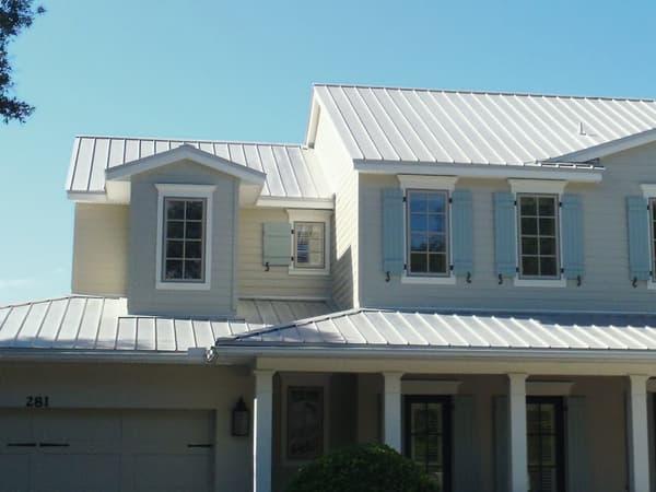 A beautiful Galvalume metal roof